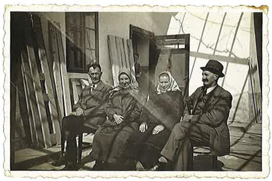 Paul und Cäcilia Draskovits links mit Verwandten