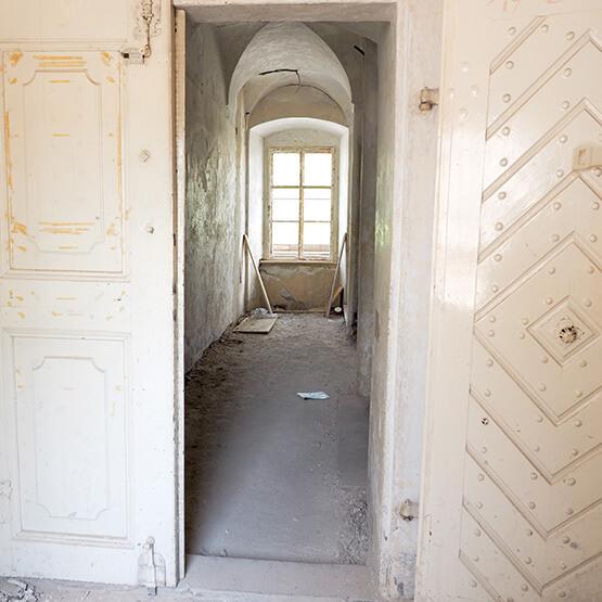 Renovierung und Sanierung Tuer oder Tor