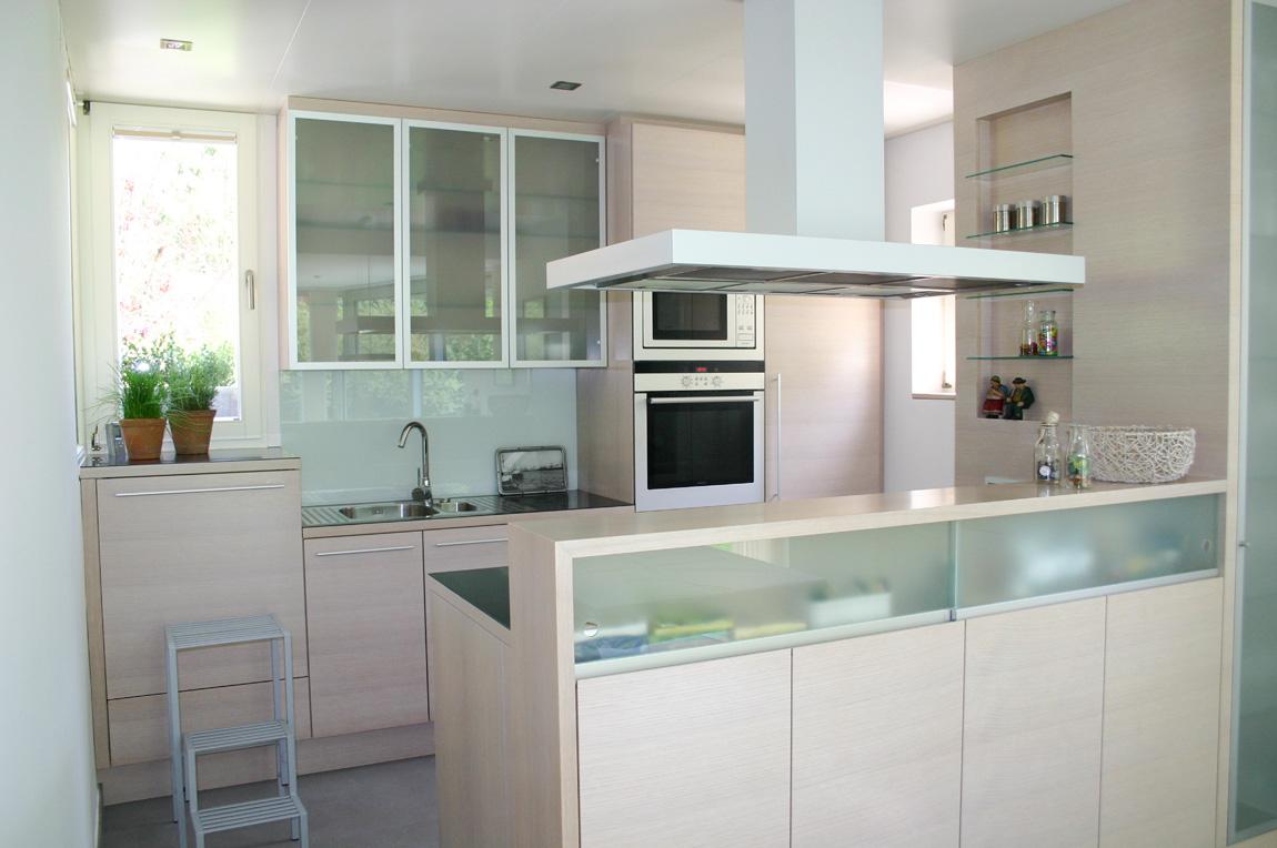 tischlerei ecker k che modern individuell tischlerei ecker wien raiding. Black Bedroom Furniture Sets. Home Design Ideas