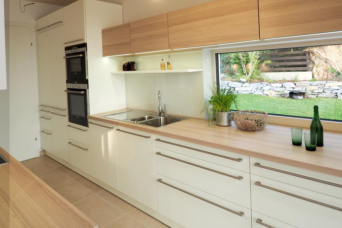 tischlerei ecker k che modern individuell geplant und rasch umgesetzt. Black Bedroom Furniture Sets. Home Design Ideas