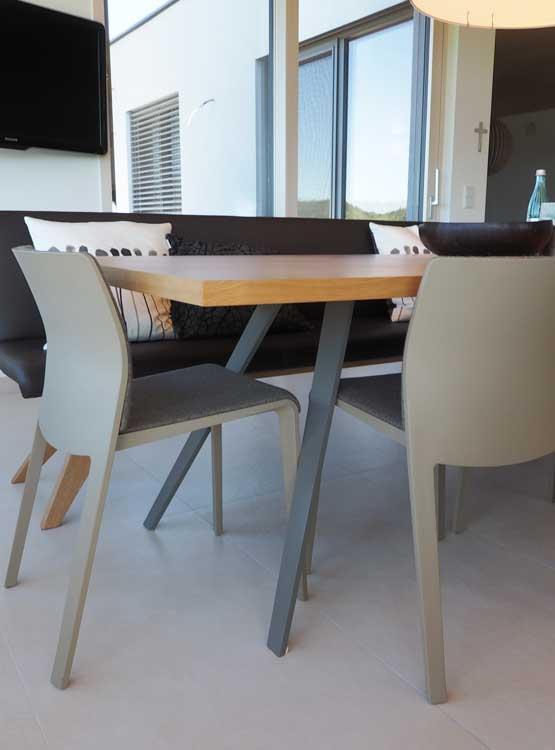 Eiche Stahl Tisch und Sitzbank nach Maß