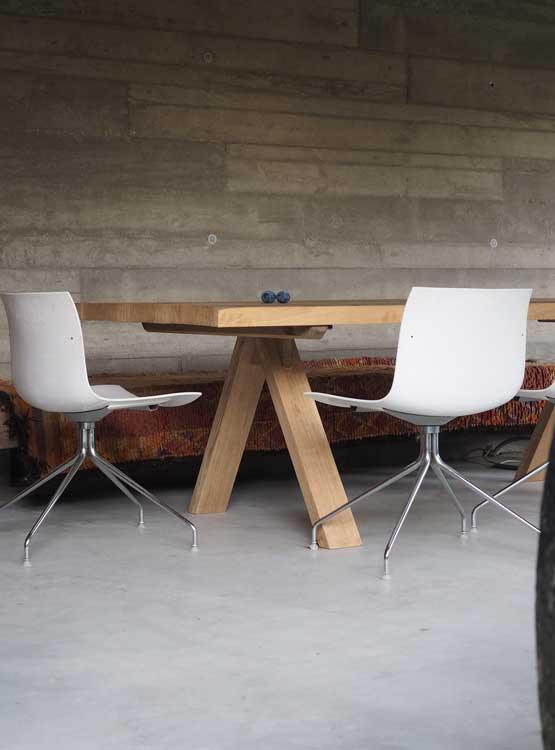 Outdoor Tisch massiv nach Maß