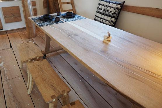 Tisch Original Terunobu Fujimori Kollektion