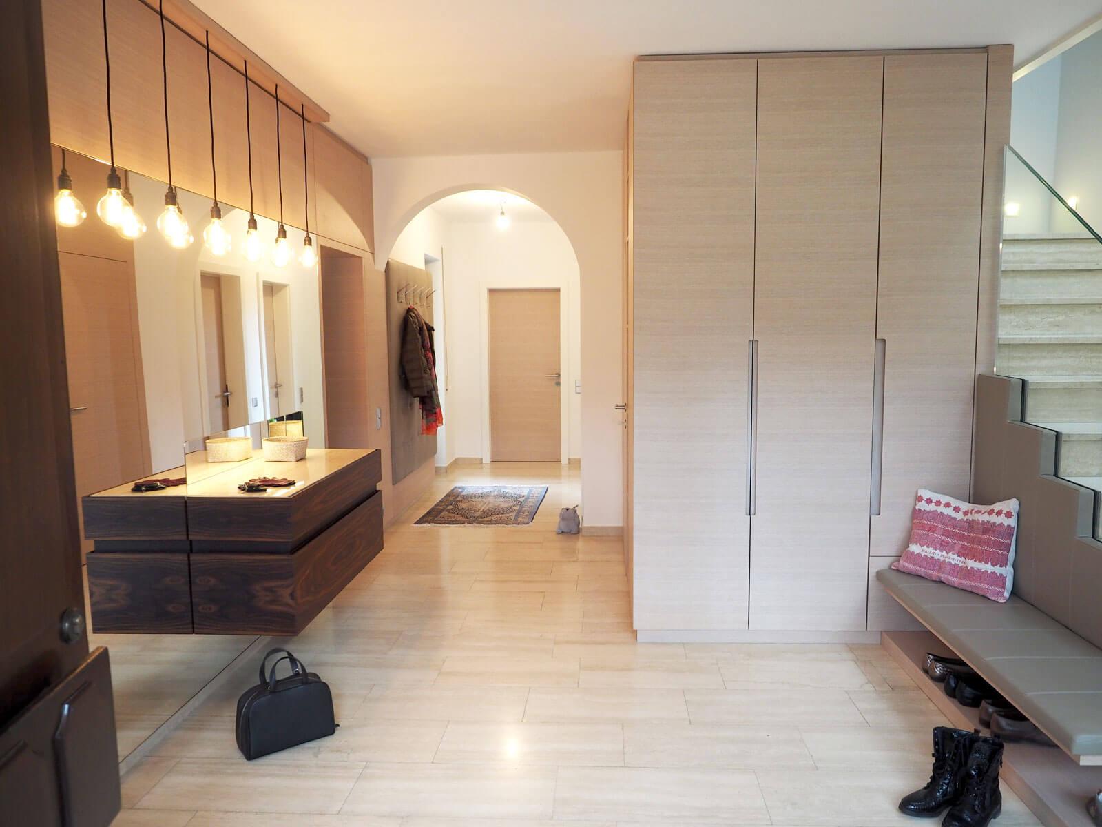 tischlerei ecker vorzimmer modern tischlerei ecker erneuerung auf allen linien. Black Bedroom Furniture Sets. Home Design Ideas