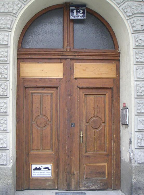 Sanierung Tor Wien