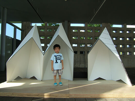 Modell-3-Wanderer-mit-Kind-web