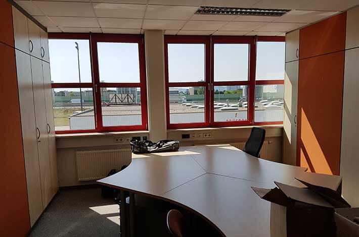 Büro vorher