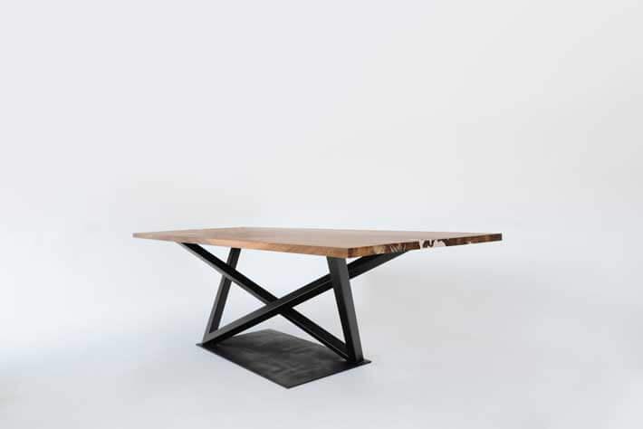 Tisch mit Fuss Blickfang