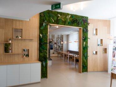 Pflegezentrum Raiding Aufenthaltsraum Durchgang zu den Pflegezimmern